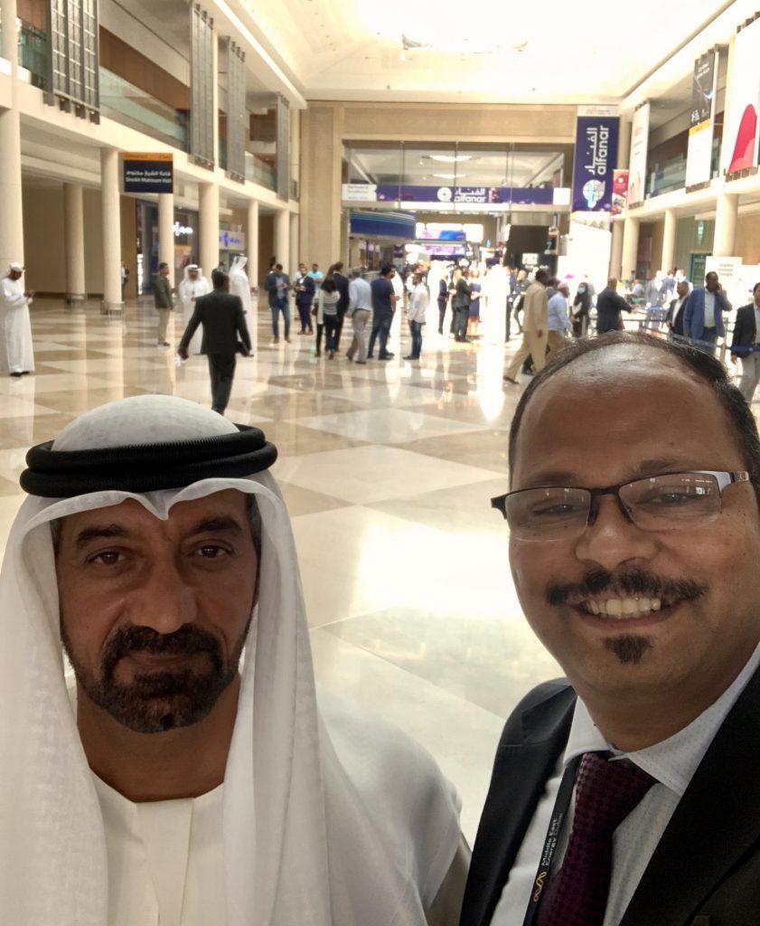 Vinod with HH Sheikh Ahmed Bin Saeed Al Maktoum, President of the Dubai Civil Aviation