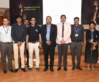 Vinod with Apollo Hospital, Ahmedabad Team after delivering motivational talk